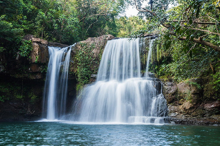 Travelling at Klong Chao Waterfall